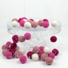 Felt Ball Garland ~ Pink Ombre