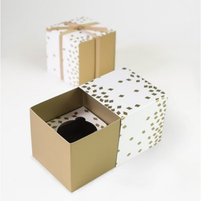 1920s party ideas with the Geo Gold Cupcake Gift boxes from Paper Eskimo.